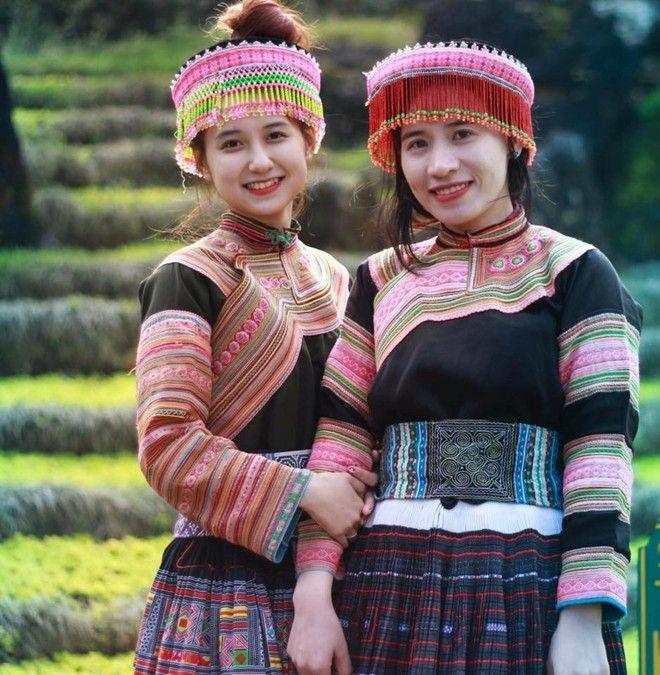 Trang phục người dân tộc H'Mông
